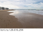 Купить «Пустынный пляж зимой в курортном посёлке Джемите, Анапа», фото № 28616294, снято 2 марта 2018 г. (c) Николай Мухорин / Фотобанк Лори