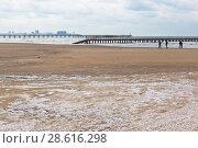 Купить «Пляж курортного посёлка Джемите зимой, Анапа», фото № 28616298, снято 2 марта 2018 г. (c) Николай Мухорин / Фотобанк Лори