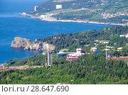 Купить «Вид на город Гурзуф и Черное море с высоты», фото № 28647690, снято 11 июня 2018 г. (c) Natalya Sidorova / Фотобанк Лори