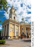 Купить «Церковь святого Пророка Илии на Пороховых. Санкт-Петербург», эксклюзивное фото № 28662694, снято 9 июня 2018 г. (c) Александр Щепин / Фотобанк Лори
