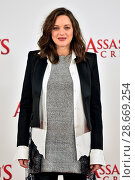 Купить «Assassin's Creed photocall held at Claridges. Featuring: Marion Cotillard Where: London, United Kingdom When: 08 Dec 2016 Credit: Daniel Deme/WENN.com», фото № 28669254, снято 8 декабря 2016 г. (c) age Fotostock / Фотобанк Лори
