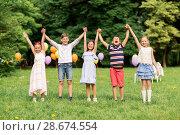 Купить «happy kids on birthday party at summer park», фото № 28674554, снято 27 мая 2018 г. (c) Syda Productions / Фотобанк Лори
