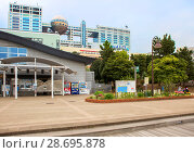 Купить «Токио. Япония. Остров Одайба. Телевизионное здание Fuji.», фото № 28695878, снято 21 апреля 2017 г. (c) Галина Савина / Фотобанк Лори
