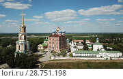 Купить «General view of complex of architectural monuments of Ryazan Kremlin located on hill in Russian city of Ryazan», видеоролик № 28751198, снято 28 июня 2018 г. (c) Яков Филимонов / Фотобанк Лори