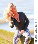 Купить «TV Reality Star Danielle Mason enjoying an early morning run on Chalkwell Beach in Essex. Featuring: Danielle Mason Where: Chalkwell, Essex, United Kingdom When: 29 Jan 2017 Credit: WENN.com», фото № 28763114, снято 29 января 2017 г. (c) age Fotostock / Фотобанк Лори