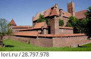 Купить «Image of medieval Malbork Castle in the Poland.», видеоролик № 28797978, снято 21 мая 2018 г. (c) Яков Филимонов / Фотобанк Лори