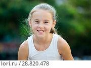 Купить «Portrait of smiling little girl», фото № 28820478, снято 20 июля 2017 г. (c) Яков Филимонов / Фотобанк Лори