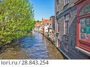 Купить «Живописные средневековые домики вдоль канала. Брюгге. Бельгия», фото № 28843254, снято 6 мая 2018 г. (c) Сергей Афанасьев / Фотобанк Лори