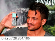 Купить «Peter Andre launches his new fragrance 'Forever Young' and signs copies of his 2017 calendar at the Orchards Shopping Centre in Taunton Featuring: Peter...», фото № 28854186, снято 11 марта 2017 г. (c) age Fotostock / Фотобанк Лори
