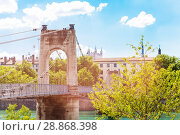 Купить «Gateway College footbridge across the Rhone river», фото № 28868398, снято 14 июля 2017 г. (c) Сергей Новиков / Фотобанк Лори