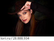 Купить «pretty girl wearing cowboy hat», фото № 28888934, снято 11 мая 2018 г. (c) Александр Лычагин / Фотобанк Лори