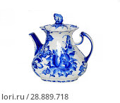 Купить «Gzhel (Gzel, Gjel) or blue and white porcelain comes only from picturesque village, 30 miles of Moscow. Characteristic white-and-blue patterned tableware has been made in same village for over two hundred years. Teapot», фото № 28889718, снято 5 августа 2018 г. (c) Валерия Попова / Фотобанк Лори