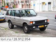 Купить «Range Rover Classic», фото № 28912954, снято 10 августа 2014 г. (c) Art Konovalov / Фотобанк Лори