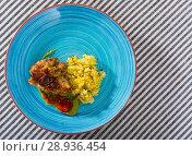 Купить «Fried chicken thighs with rice», фото № 28936454, снято 17 августа 2018 г. (c) Яков Филимонов / Фотобанк Лори