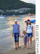Купить «Children bathe in the sea», фото № 28937118, снято 6 июля 2018 г. (c) Типляшина Евгения / Фотобанк Лори