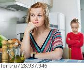 Купить «Upset girl and mother have a peeve on each other», фото № 28937946, снято 14 августа 2018 г. (c) Яков Филимонов / Фотобанк Лори