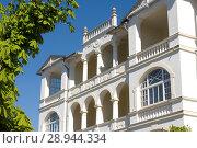 Binz, Germany, house in the typical Baederarchitektur (2007 год). Редакционное фото, агентство Caro Photoagency / Фотобанк Лори