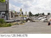 Купить «Berlin, Germany, demolition of a furniture house in the Landsberger Allee in Berlin-Lichtenberg», фото № 28946678, снято 19 июня 2016 г. (c) Caro Photoagency / Фотобанк Лори
