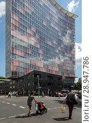 Berlin, Germany, GSW skyscraper in Rudi-Dutschke-Strasse in Berlin-Kreuzberg (2017 год). Редакционное фото, агентство Caro Photoagency / Фотобанк Лори
