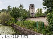 Купить «Szczecin, Poland, industrial ruin in the harbor», фото № 28947978, снято 12 июля 2017 г. (c) Caro Photoagency / Фотобанк Лори