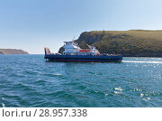 Купить «Baikal Lake. New cargo-passenger ferry Semyon Batagayev transport tourists to Olkhon Island - a popular holiday destination on Lake Baikal», фото № 28957338, снято 9 августа 2018 г. (c) Виктория Катьянова / Фотобанк Лори
