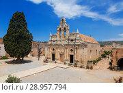 Купить «Православный монастырь Аркади на острове Крит, Греция», фото № 28957794, снято 4 июня 2017 г. (c) Наталья Волкова / Фотобанк Лори