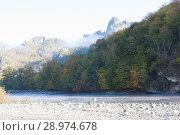Купить «Верховья реки Белая в Адыгеи. Осенний пейзаж», фото № 28974678, снято 21 октября 2012 г. (c) Олег Хархан / Фотобанк Лори