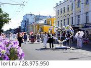 Театральное шествие в Костроме (2018 год). Редакционное фото, фотограф Екатерина Разгуляева / Фотобанк Лори