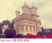 Купить «Cathedral in romanian city», фото № 28976294, снято 22 сентября 2017 г. (c) Яков Филимонов / Фотобанк Лори