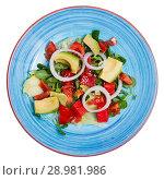 Купить «Salad with watermelon, avocado, grapefruit», фото № 28981986, снято 19 марта 2019 г. (c) Яков Филимонов / Фотобанк Лори