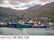 Fishing boats at the port of Kalk Bay, False Bay, South Africa. Стоковое фото, фотограф Annett Schmitz / age Fotostock / Фотобанк Лори