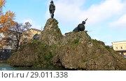 Купить «Monument to Vittorio Bottego in Parma, Italy.», видеоролик № 29011338, снято 22 декабря 2017 г. (c) BestPhotoStudio / Фотобанк Лори