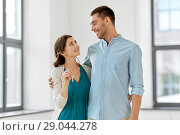 happy couple with keys of new home. Стоковое фото, фотограф Syda Productions / Фотобанк Лори