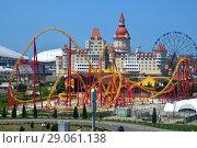 Купить «Sochi, Russia - June 5. 2018. Sochi Park, which entered TOP-25 of best parks in Europe in 2016», фото № 29061138, снято 5 июня 2018 г. (c) Володина Ольга / Фотобанк Лори