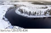 Купить «Русло реки в заболоченных лесах в зимнее время года», фото № 29070434, снято 4 ноября 2016 г. (c) Кекяляйнен Андрей / Фотобанк Лори