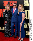 Купить «Los Angeles Premiere 'Snatched' at Regency Village Theatre - Arrivals Featuring: Goldie Hawn, Paul Feig, Amy Schumer Where: Westwood, California, United...», фото № 29078978, снято 10 мая 2017 г. (c) age Fotostock / Фотобанк Лори