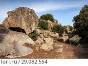 Купить «Filitosa, megalithic site in Corsica island», фото № 29082554, снято 20 августа 2018 г. (c) EugeneSergeev / Фотобанк Лори