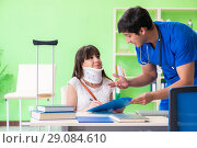 Купить «Female patient visiting male doctor in medical concept», фото № 29084610, снято 28 мая 2018 г. (c) Elnur / Фотобанк Лори