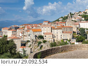 Купить «Sartene town summer landscape. Corsica», фото № 29092534, снято 19 августа 2018 г. (c) EugeneSergeev / Фотобанк Лори