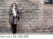 Купить «teenager girl in hood near wall», фото № 29128250, снято 11 ноября 2017 г. (c) Яков Филимонов / Фотобанк Лори