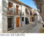 Купить «Charming narrow street in Island of Tabarca. Spain», фото № 29128410, снято 4 сентября 2018 г. (c) Alexander Tihonovs / Фотобанк Лори