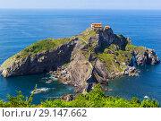 Купить «San Juan de Gaztelugatxe, Spain», фото № 29147662, снято 19 июня 2019 г. (c) Maksym Yemelyanov / Фотобанк Лори