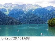 Купить «Озеро Рица. Абхазия», фото № 29161698, снято 26 июня 2018 г. (c) Евгений Ткачёв / Фотобанк Лори