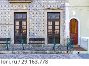Old house decoration in Costanova, Aveiro, Portugal. Стоковое фото, фотограф Carlos Dominique / age Fotostock / Фотобанк Лори