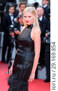 Купить «70th Cannes Film Festival - 'The Beguiled' red carpet Featuring: Lara Stone Where: Cannes, United Kingdom When: 24 May 2017 Credit: John Rainford/WENN.com», фото № 29169854, снято 24 мая 2017 г. (c) age Fotostock / Фотобанк Лори