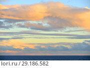 Купить «Живописный закат в море», фото № 29186582, снято 24 сентября 2018 г. (c) Валерия Попова / Фотобанк Лори