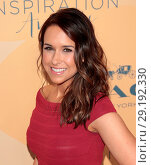 Купить «14th Annual Inspiration Awards at The Beverly Hilton Hotel - Arrivals Featuring: Lacey Chabert Where: Los Angeles, California, United States When: 02 Jun 2017 Credit: Guillermo Proano/WENN.com», фото № 29192330, снято 2 июня 2017 г. (c) age Fotostock / Фотобанк Лори