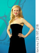 Купить «2017 CFDA Awards at Hammerstein Ballroom - Red Carpet Arrivals Featuring: Nicole Kidman Where: New York, New York, United States When: 06 Jun 2017 Credit: Ivan Nikolov/WENN.com», фото № 29197218, снято 6 июня 2017 г. (c) age Fotostock / Фотобанк Лори