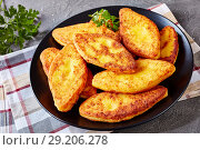 Купить «close-up of delicious fried cornbread pancakes», фото № 29206278, снято 11 сентября 2018 г. (c) Oksana Zh / Фотобанк Лори