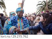 Купить «King Baltasar takes letters», фото № 29215762, снято 5 января 2017 г. (c) Яков Филимонов / Фотобанк Лори